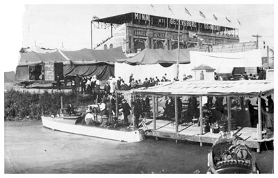 Passengers preparing to depart for a tour of the fairgrounds waterway, circa 1910. Photo courtesy of Minnesota Historical Society.