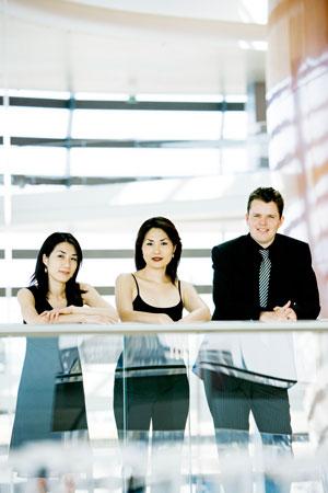 Trio con Brio Copenhagen: Soo-Jin Hong, violin; Soo-Kyung Hong, cello; and Jens Elvekjaer, piano.
